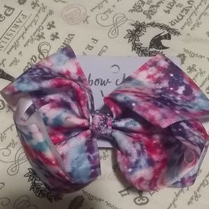 Girls bow cute for everyday wear